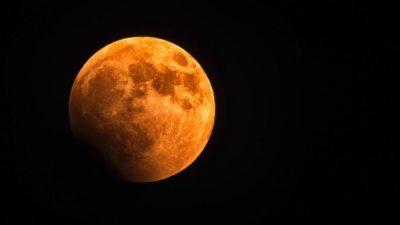 sennik księżyc