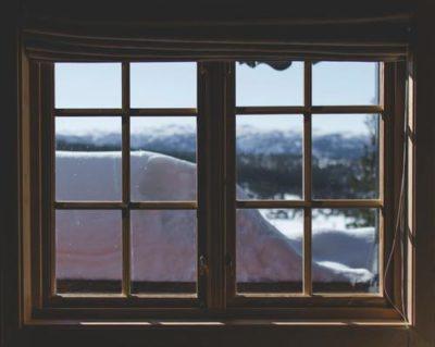 sennik okno